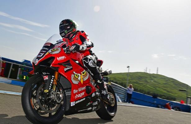 Superbikes3